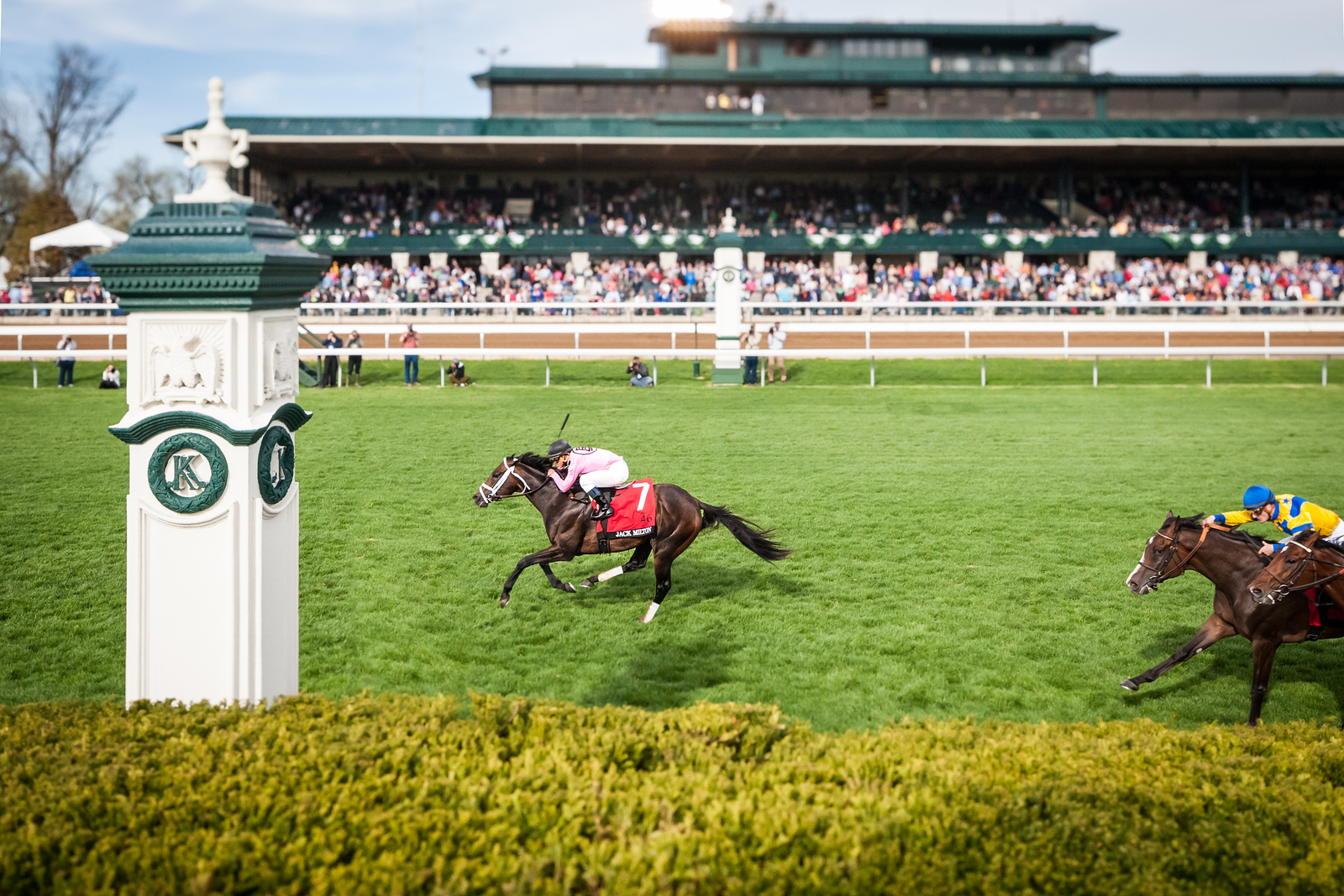 Jack Milton (War Front) wins The Maker's 46 Mile (G1) at Keeneland on 4.10.2015. Javier Castellano up, Tod Pletcher trainer, Gary Barber owner.