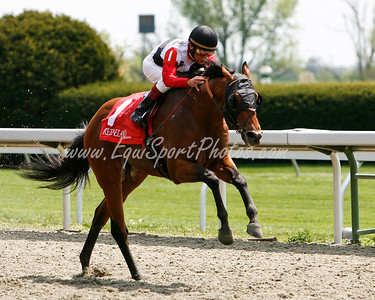 Valtrus (Lemon Drop Kid), Edgar Prado up, wins a Claiming race at Keeneland 4.25.2008 (EquiSport Photos)