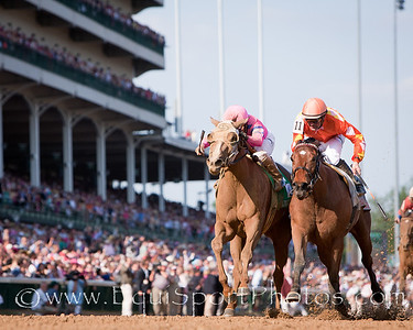 Blind Luck wins the Kentucky Oaks at Churchill Downs 04.30.10