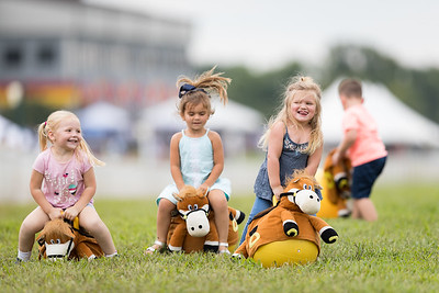 Young riders compete at Ky Downs 9.08.18.