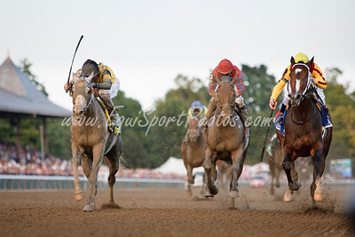 Rachel Alexandra (Medaglia d Oro), Calvin Borel up, wins the Woodward Stakes at Saratoga 9.05.2009 over Macho Again (2nd, left), and Bullsbay (3rd, center) (EquiSport Photos)