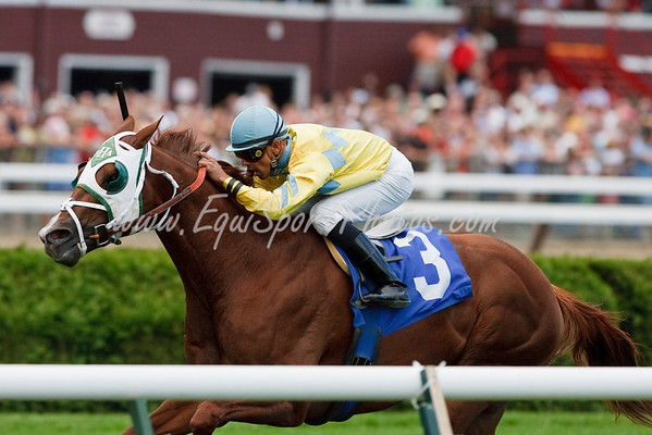 Copper Cascade (Grand Slam), Jose Lezcano up, wins a Claiming race at Saratoga 9.05.2009 (EquiSport Photos)