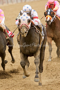 I Want Revenge (Stephen Got Even), Joe Talamo up, wins the Wood Memorial at Aqueduct 4.4.09sk (EquiSport Photos)