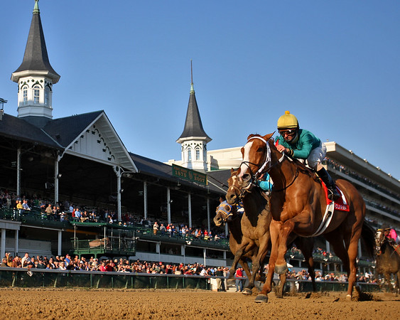 Rolling Sea, with Robby Albarado up, wins the Chilukki Stakes at Churchill Downs, Louisville, Ky. 11.03.2007
