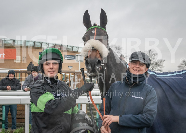 Doncaster Races - Fri 28 February 2020