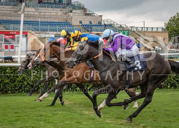 Doncaster Races - Tue 30 June 2020