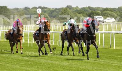 Race 1 - Storm Ahead _16B6961
