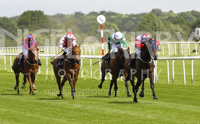 Race 1 - Storm Ahead _16B6960