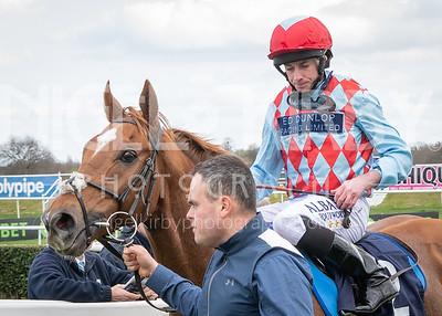 Race 4 - Red Verdon - NKP_6409