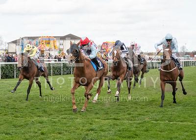 Race 4 - Red Verdon - NKP_6390