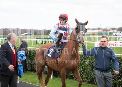 Race 4 - Red Verdon - DSC_0589