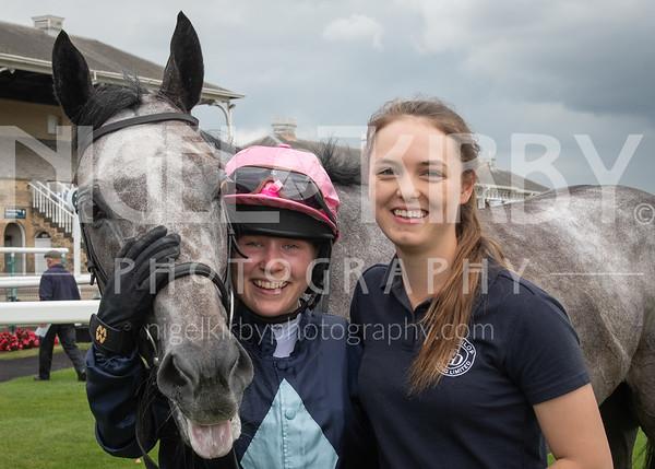 Doncaster Races - Thu 11 July 19