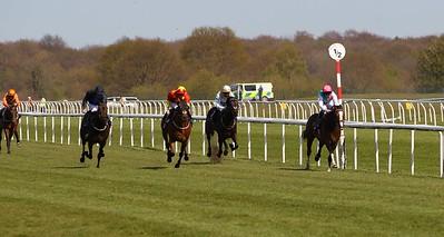 Doncaster Race 4. 23/4/2021 Pic Steve Davies