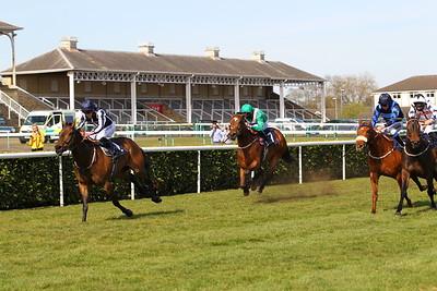 Doncaster Race 6. 23/4/2021 Pic Steve Davies