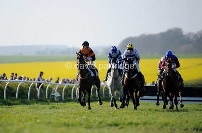 The Portman Hunt Point-to-Point Races, BADBURY RINGS, BLANDFORD FORUM, DORSET, ENGLAND