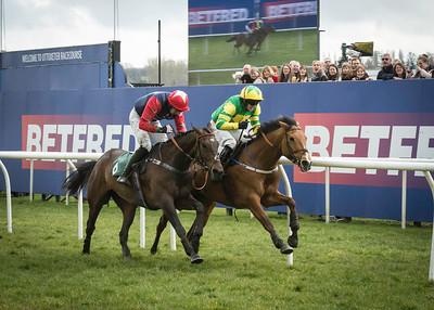 Race 1 - 14 05 - BUCKSKIN BOULTA (3)