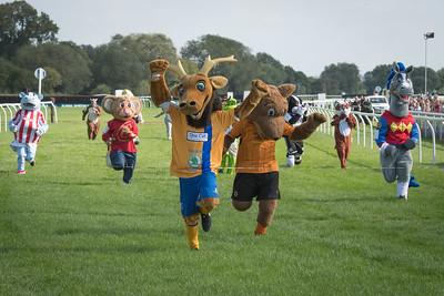 Mascot Race - NKP_8755