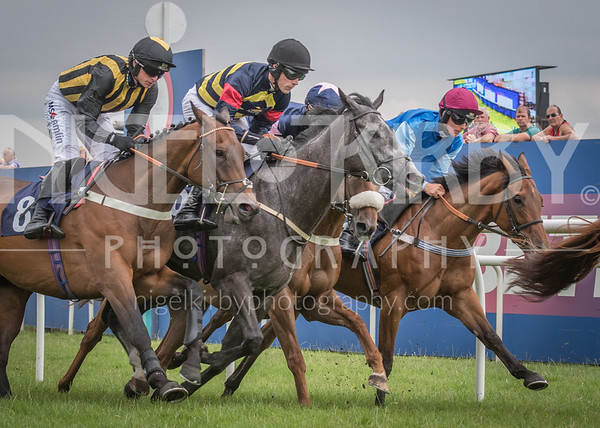 Uttoxeter Races - Wed 18 July 2018