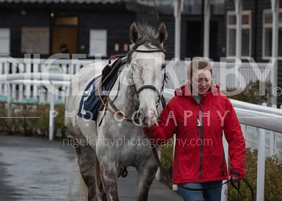 Race 7 - Lace Bonnet - DSC_7257