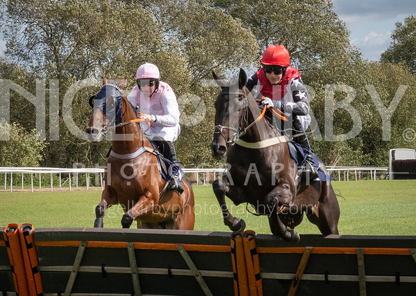 Uttoxeter Races - Wed 04 Sept 19
