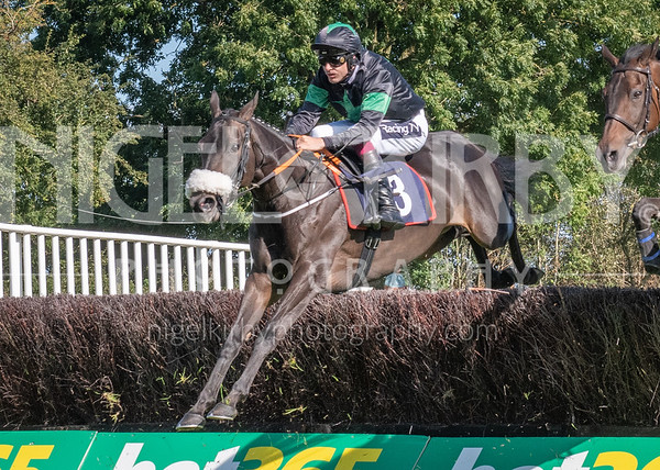 Uttoxeter Races - Wed 11 Sept 19