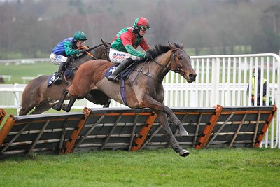 Mr Harp and Jack Quinlan win at Uttoxeter. 18/12/2020 Pic Steve Davies