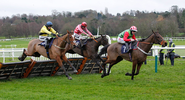 Tupelo Mississippi and Brian Hughes win the 'Off The Fence' on youtube.com/attheraces Maiden Hurdle at Uttoxeter from Welsh's Castle and Jetaway Joey at Uttoxeter. 18/12/2020 Pic Steve Davies
