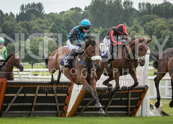 Uttoxeter Races - Thu 23 July 2020