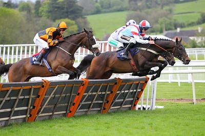 Uttoxeter Race 3. 15/5/2021 Pic Steve Davies