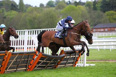 Uttoxeter Race 5. 15/5/2021 Pic Steve Davies