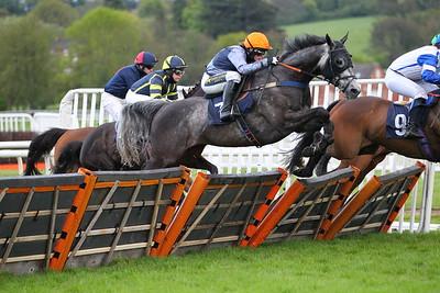 Uttoxeter Race 6. 15/5/2021 Pic Steve Davies