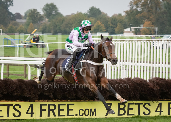 Worcester Races - Wed 23 Oct 19