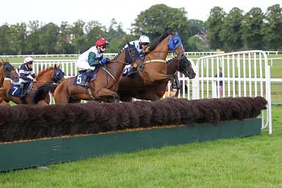 Worcester Race 7. 22/7/2021 Pic Steve Davies