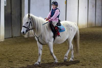Kristyna Matrasova na koni 2010-02