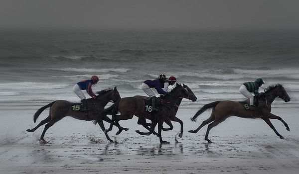Horse racing on the beach  at Glenbeigh Horse Racing Festival
