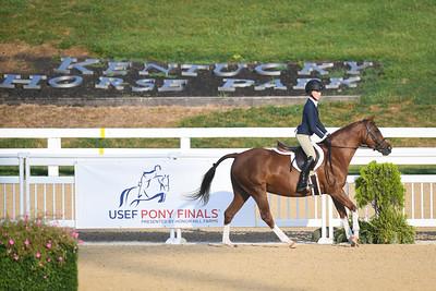 Medium Regular Pony Hunter National Championship