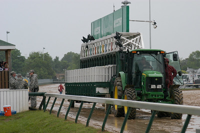 The starting gate moves into position