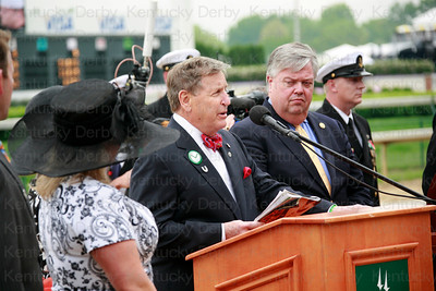 Memorial service held for Derby filly, Eight Belles