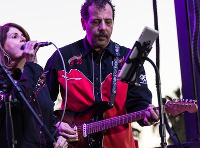 Dina Preston Band Horses Help Barn Bash November 07 2015 005