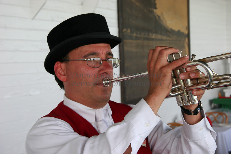 Sam the Bugler, Saratoga Springs Racetrack, NY