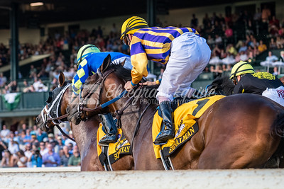 Sombeyay, Luis Saez up and Signalman, Brian Hernandez Jr. up out of the gate in the Claiborne Breeder's futurity 10.6.18
