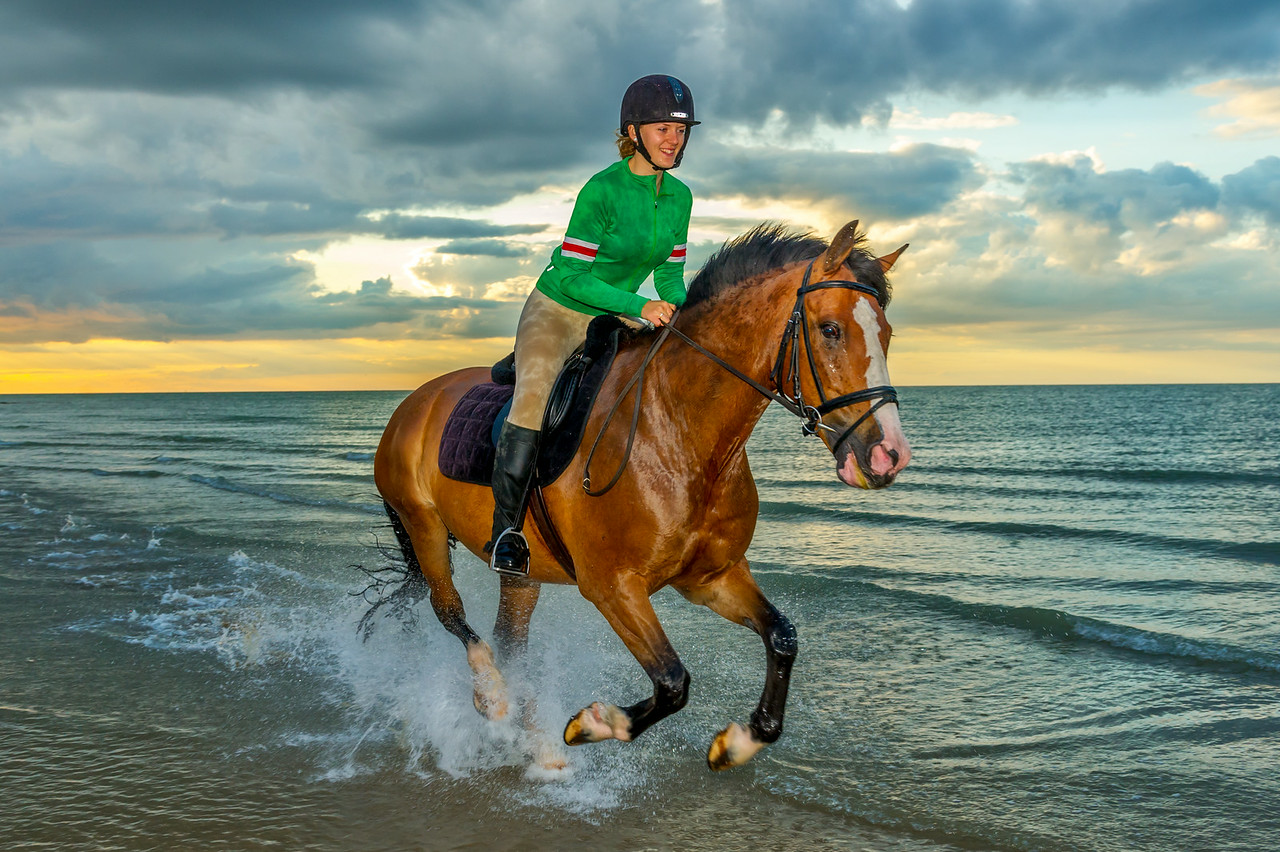 MargateBeach-Horses-splash-39