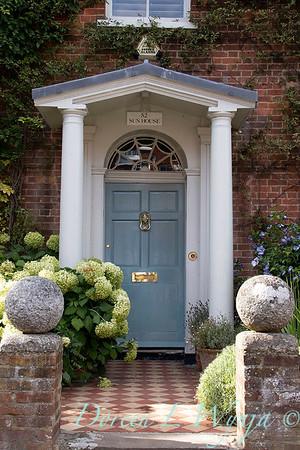 Hydrangea arborescens 'Annabelle' landscape - front door entry way_175