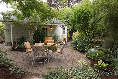 Alyse's Garden_107
