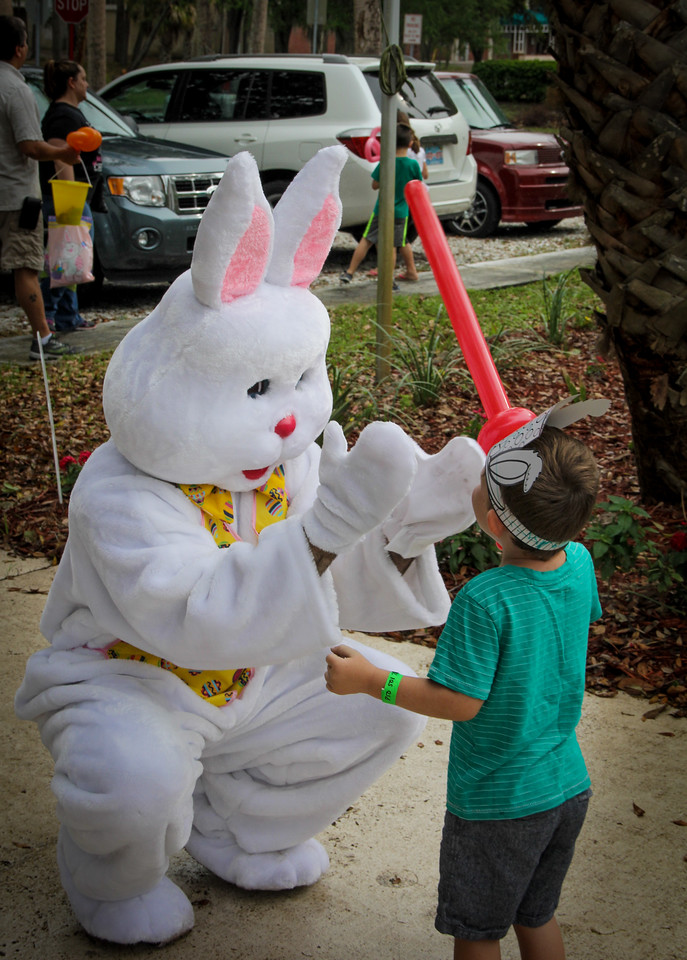 Easter Egg Hunt, Gulfside Hospice 3 26 2016