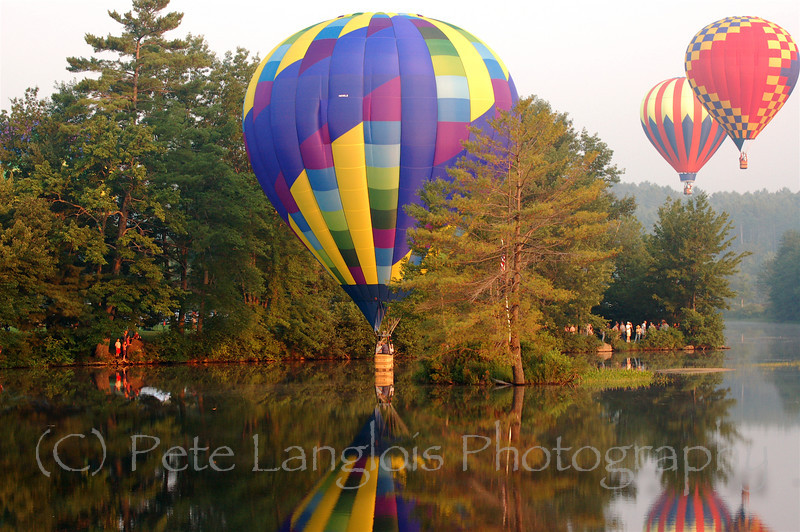 2007 Pittsfield Balloon Rally, this festival is held in Pittsfield NH August 3-5, 2007.  18 Balloons were in attendance.