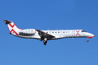JSX (JetSuiteX) Embraer ERJ 135LR (EMB-135LR) N256JX (msn 145211) SNA (Michael B. Ing). Image: 947295.