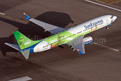 """""""Der Grinch"""" - promotional livery for the """"The Grinch"""""""