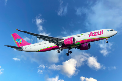 """La Belle Azul"" pink livery for breast cancer awareness"