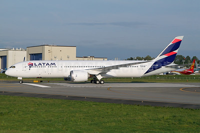The first Boeing 787-9 for LATAM Airlines (Chile)